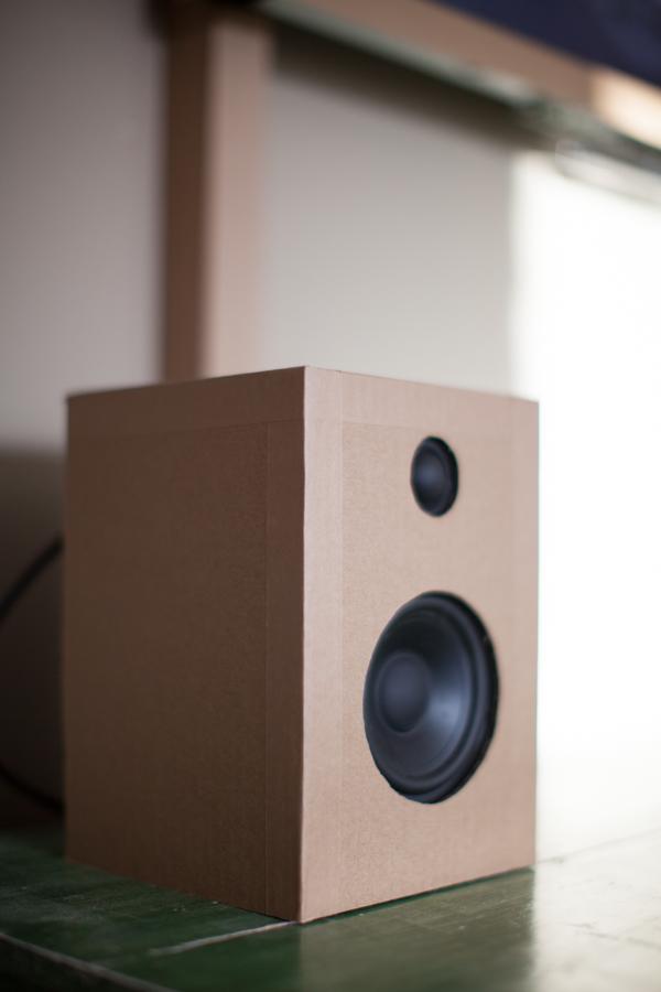 cardboard TV-3